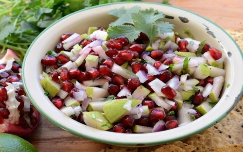 pear-and-pomegranate-salad